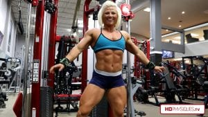 Even in offseason, Brooke is ripped with visible lines of muscle.  No fluff here.  See the pec princess puff that powerful chest today in these 2 new videos in the Brooke Walker - Arkansas Ranger Clips Studio!