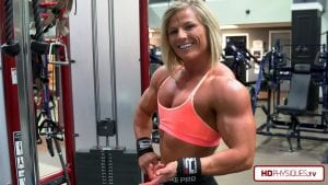 Click here to go buy Brooke's NEW video in her Clips Store - HOT Muscle Pumping biceps and chest action!
