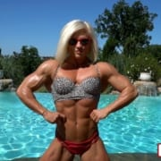 NEW VIDEO – Brooke Walker SEXY POOLSIDE MUSCLE!