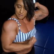 Taylor Smuck's Studio Updated with 4 HOT Armwrestling Matches!